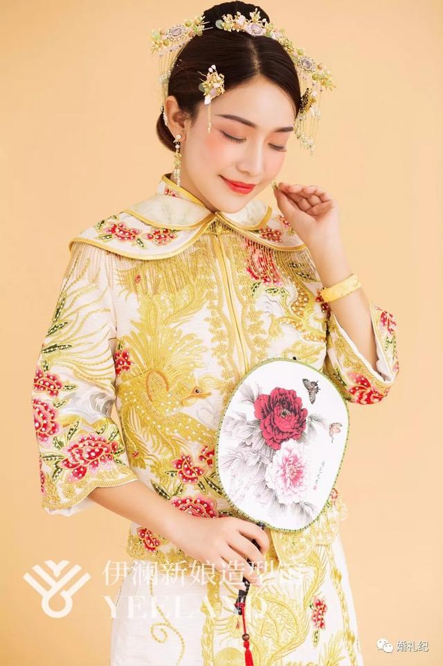 出门最多人穿的中式秀禾服,你敢选这种款式的吗?
