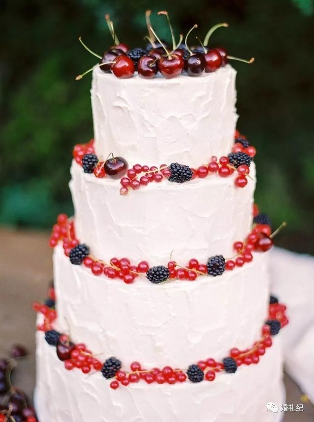 大红色仪式主蛋糕