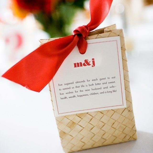 大红色喜糖盒