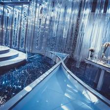 创意婚礼策划 数千根水晶打造3座许愿池的婚礼现场效果