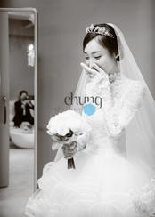 韩国两个网络红人的婚纱照