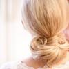 优雅大气的新娘发型。