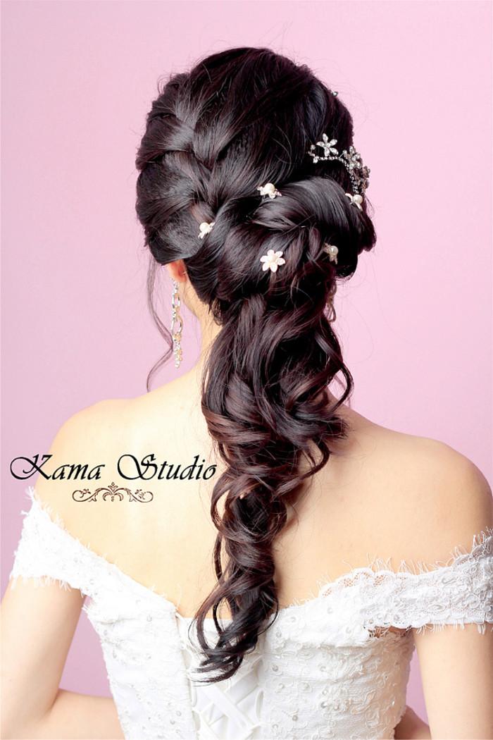 亲们推荐一下森系的新娘发型吧