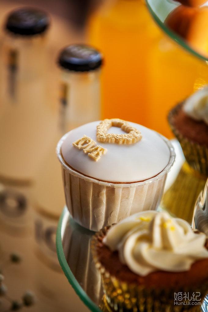 白金色欧式翻糖