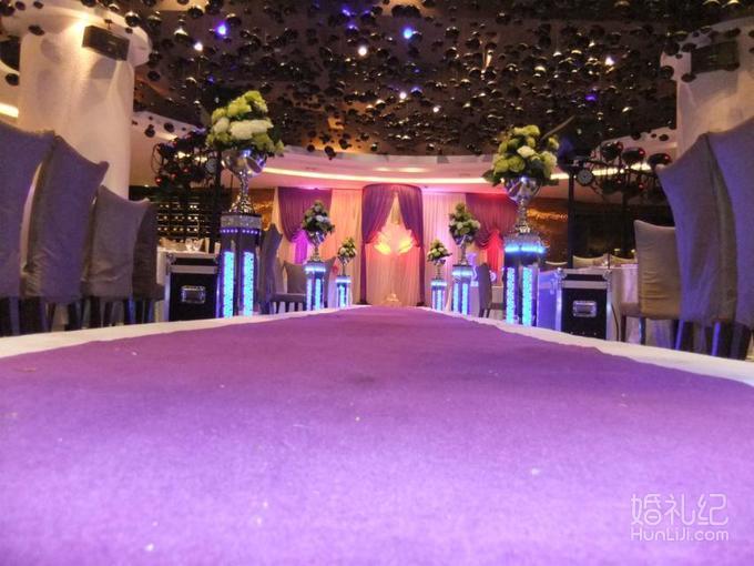 经典紫色法式婚礼