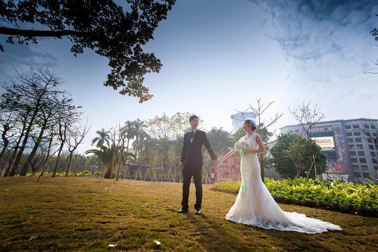 我俩携手时,一定会在广州这座旧桥上放飞我们的幸福