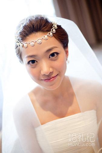 新娘跟妆 新娘早妆 秀和服造型 中式婚礼跟妆图片