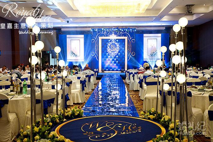 4.25 婚礼场地:浙江大酒店 婚礼主题:欧式复古 婚礼司仪:桦林