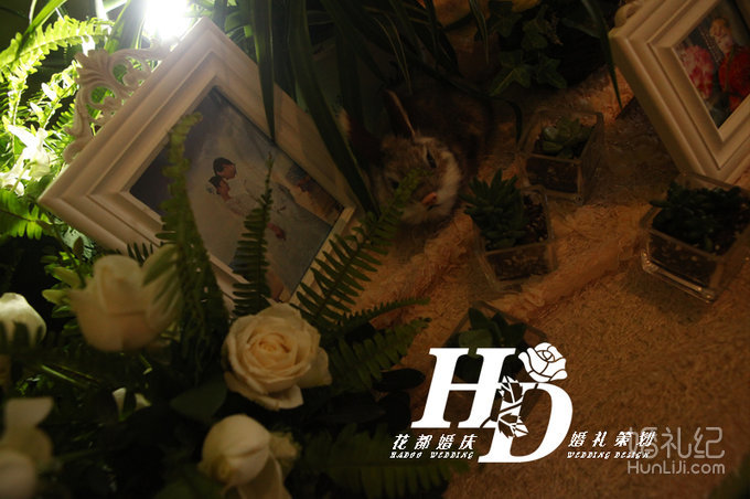 3 婚礼场地:金陵江南 婚礼主题:森系婚礼 婚礼摄影:花都婚庆 婚礼摄