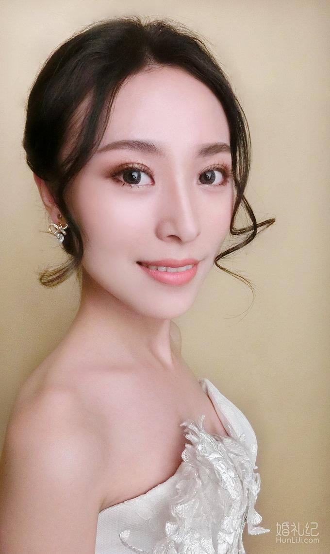 韩式简约新娘造型 妆发/雨轩老师图片