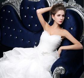 情定罗马·4+N套系,伴娘服N件,新娘美甲一次