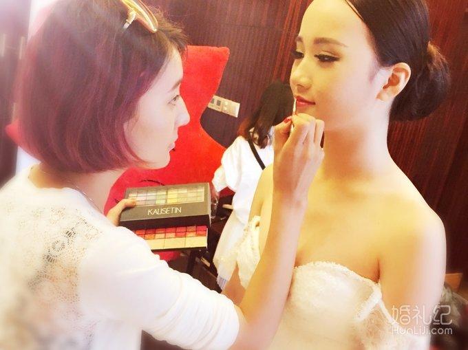 法式简约新娘发型;立体欧式妆容;演绎不一样的美