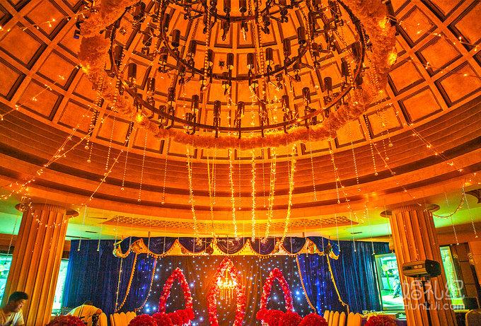 婚礼仪式香槟塔设计