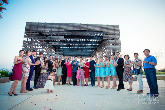 婚礼场地:巴厘岛阿里拉教堂 婚礼摄影: 威汀之旅中国摄影师团队