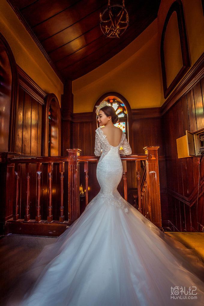 南湖欧式教堂大气风格,婚礼摄影师,婚礼纪 hunliji.com