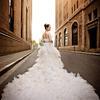 我的~在上海拍的幸福满满的婚纱照~!最爱外滩~!
