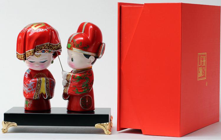 纯手工制作 创意q版泥塑立体摆件 专属婚庆礼品 红盖头