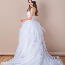 抹胸优雅仙气拖尾婚纱