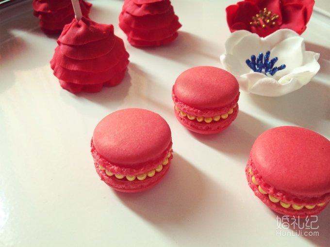 中式红色&金色婚礼甜品台图片