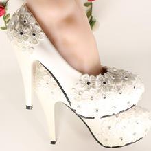 纯手工白色婚鞋新娘鞋蕾丝花朵贴钻韩版中高跟包邮
