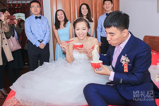 婚礼场地:青岛海明威大酒店