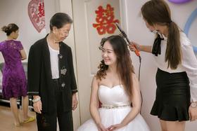 {客片分享}一组化妆时刻的新娘