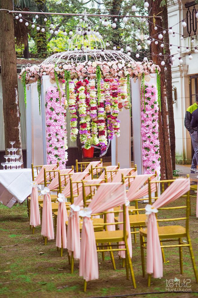 粉色花亭户外仪式婚礼