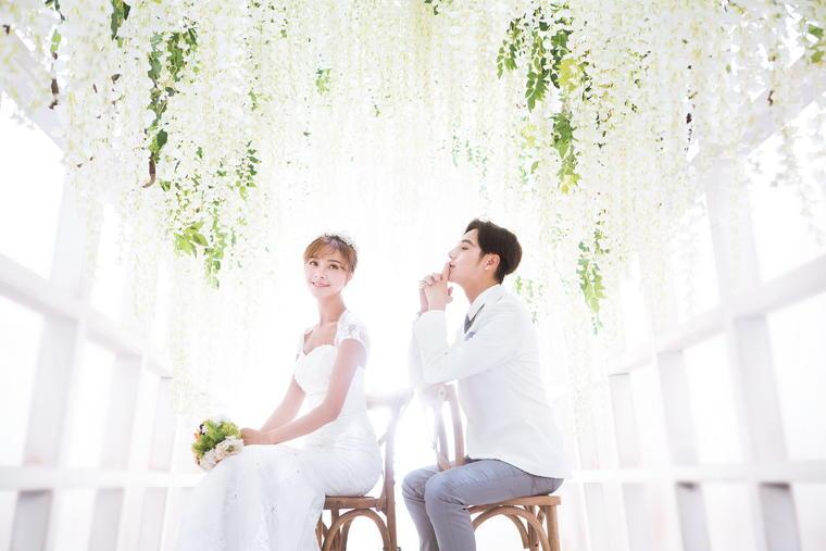 圆梦摄影经典韩式婚纱套系3799