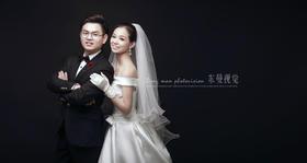 郑州东曼婚纱摄影工作室《微爱 》