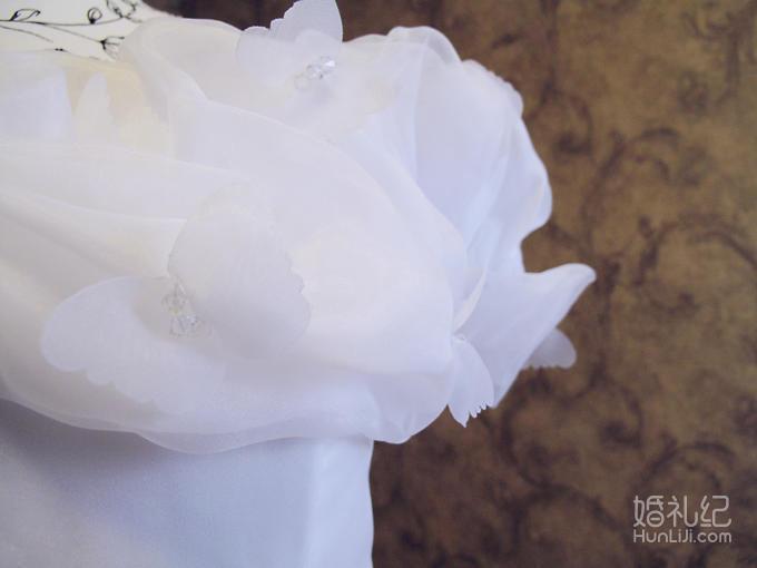 爆款实拍定制灰姑娘同款高腰蓬裙一字肩拖尾蓝白婚纱