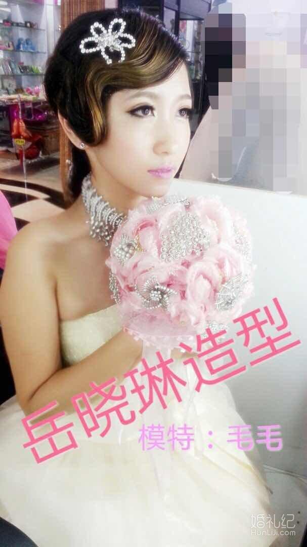 banner图新娘跟妆设计图