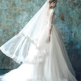 性感一字肩长袖公主新娘齐地蓬蓬蕾丝小拖尾婚纱礼服绑带