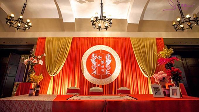 t台木结构 ·中式红地毯 ·中式t台装饰 ·大舞台整体布置*1 ·主桌