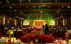 【沁视觉】婚礼跟拍三机位含现剪加大摇臂套餐