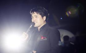 王浩司仪团队+两名督导+赠送一名女歌手