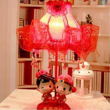 创意小版幸福美满树脂红色结婚台灯 床头灯卧室布艺小台灯装饰品