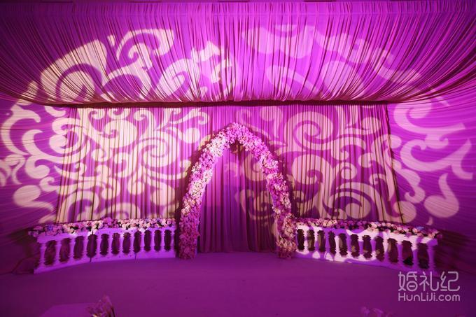 婚礼合影墙设计图片