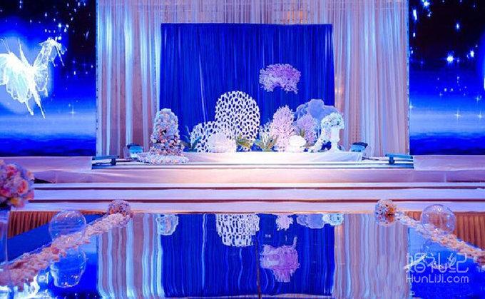 21 婚礼场地:威尼斯酒店 婚礼主题:海洋风格婚礼 婚礼摄影:木头人摄影