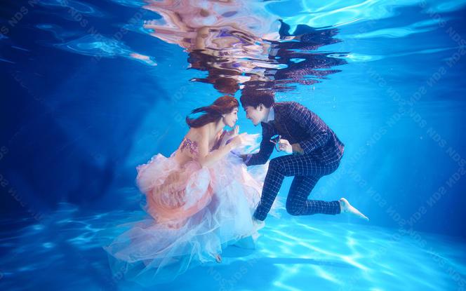[创意小众]水下摄影+写真婚纱+多元体验