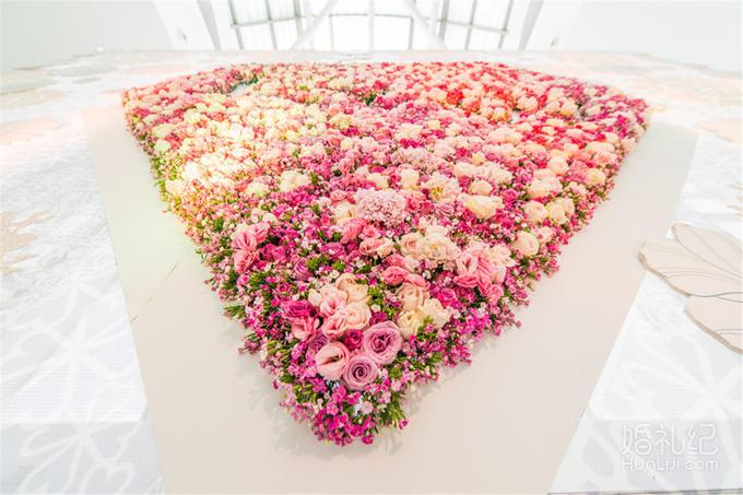 Lomo婚礼顾问 | 悠唐皇冠假日【爱情的颜色】