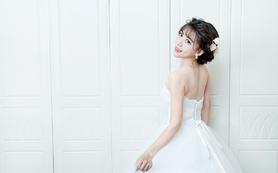 【艾米丽妆点】新娘跟妆主管套餐