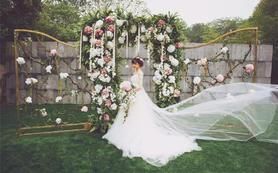 A套餐(3套服装+跟妆)新娘最喜爱的