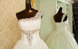 【婚礼购】特价套系 齐地+礼服+伴娘裙仅需880