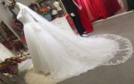 女王婚纱定制套系:3999 (二套)