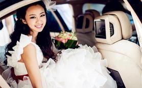 青岛顶级婚纱礼服馆,价格亲民,进店更是优惠多多
