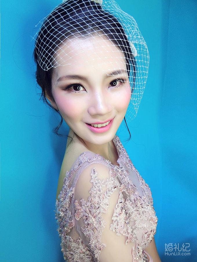 安吉莉娜妆面造型,婚纱礼服设计作品欣赏,婚礼纪 ji.