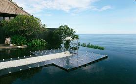【芊寻海外婚礼】巴厘岛超五星宝格丽水上婚礼