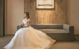 【年中答谢】订2980婚纱套餐,即送婚礼跟妆