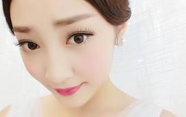 【小艾造型】高级造型师2200元跟妆+婚纱套系
