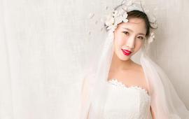 【小艾造型】总监造型师5500元跟妆+婚纱套系